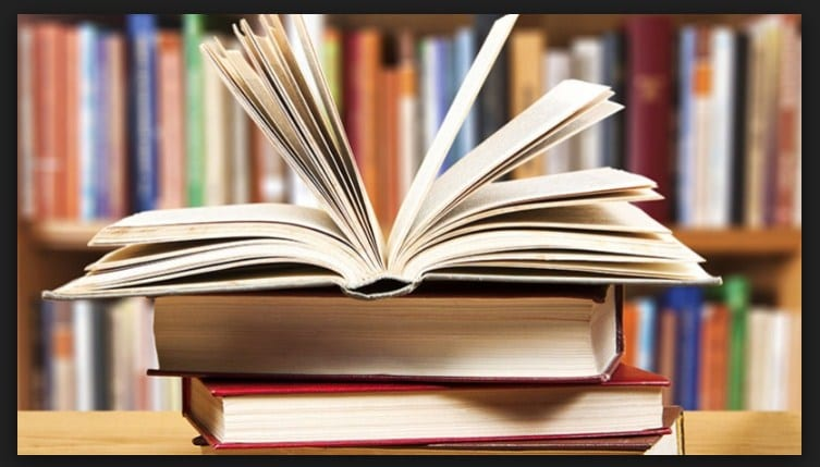 The Simple Truth Behind Reading 200 Books a Year. And how to make it a habit?